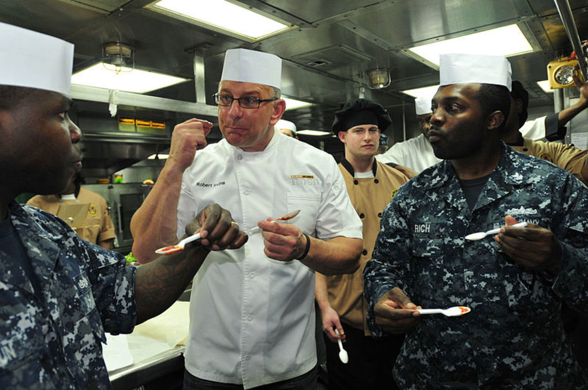 File: Official US Navy Imagery - Chef Robert Irvine Talks With Navy Cooks.jpg   Official Navy Page from US MC1 John Parker/US Navy