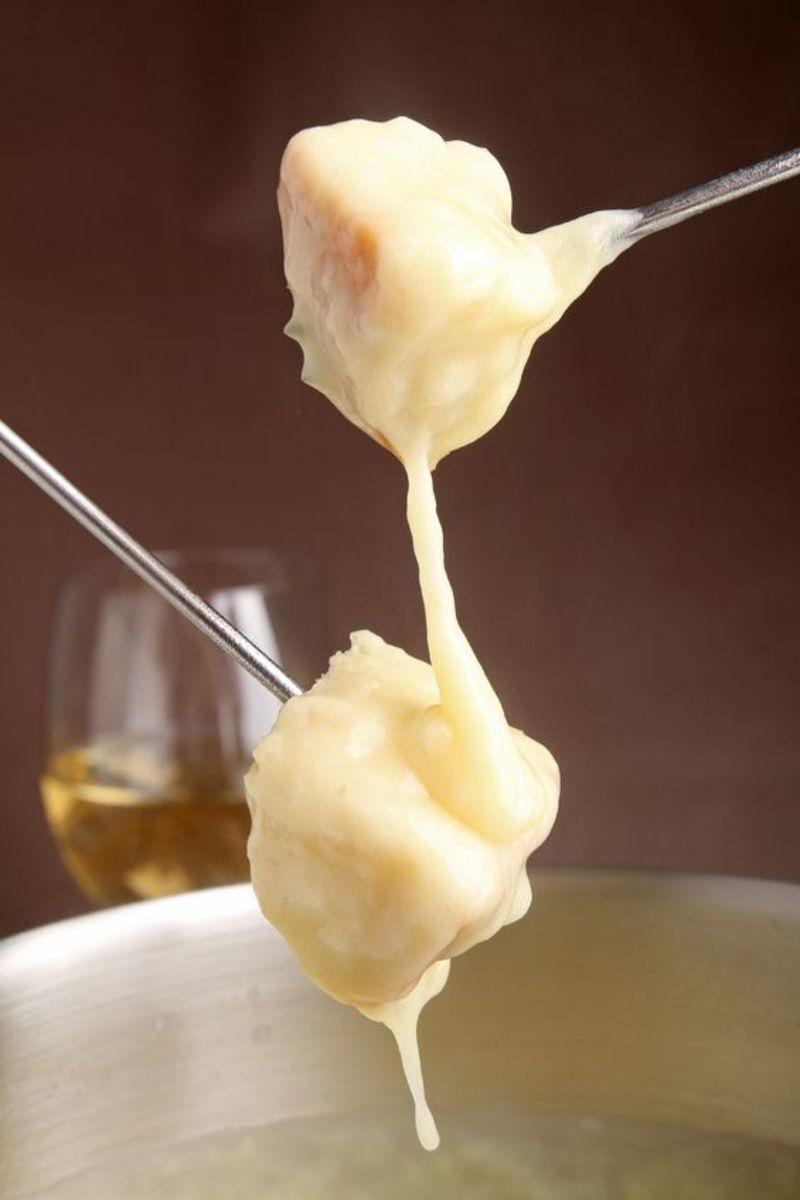 Best Cheese Fondue Recipe With Gruyere and Jarlsberg