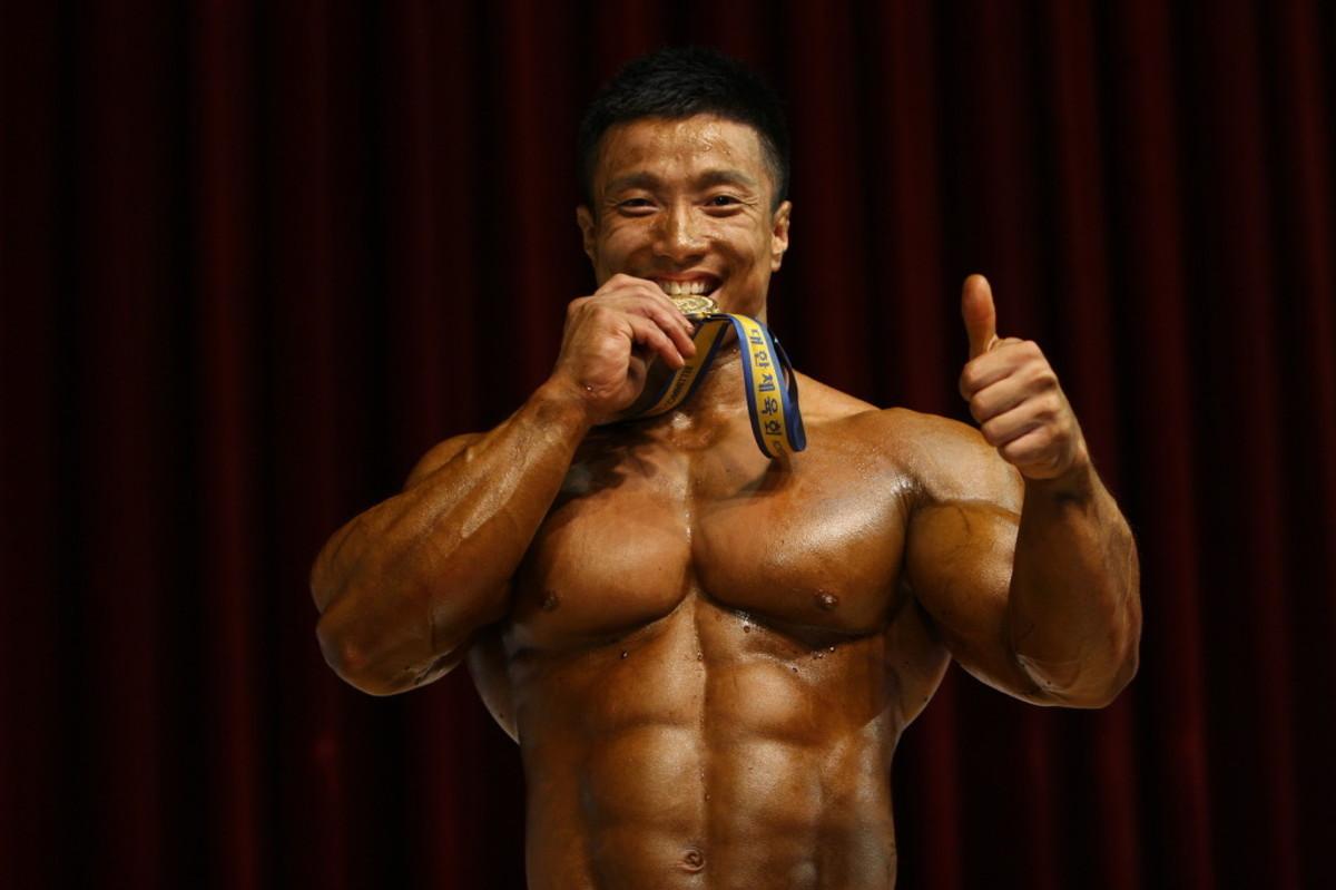 Mr. Korea 1999 - Korean Bodybuilder Kang Kyung Won (강경원 선수)