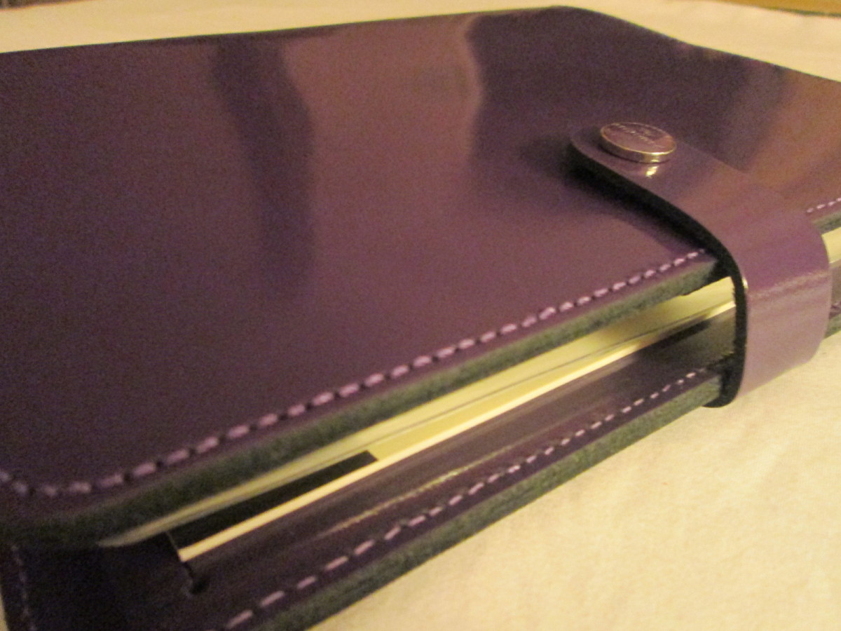 The Filofax Original Patent A5 Organiser has a classic design