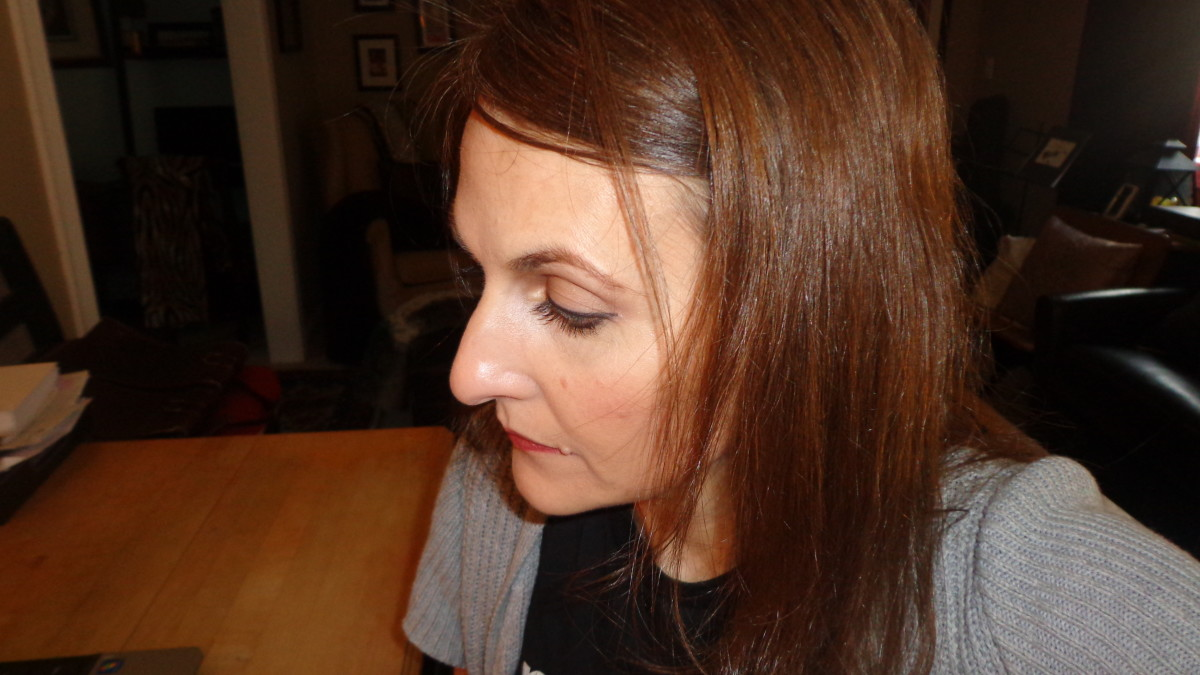 Telogen Effluvium: Dealing With Rapid Unexplained Hair Loss