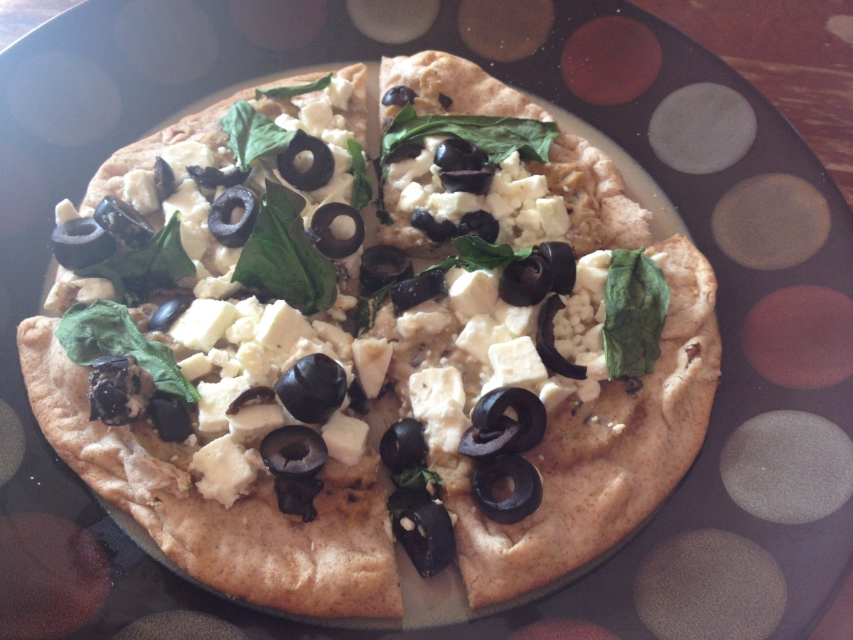 Ulcer-Friendly Pizza With Hummus, Olives, and Feta