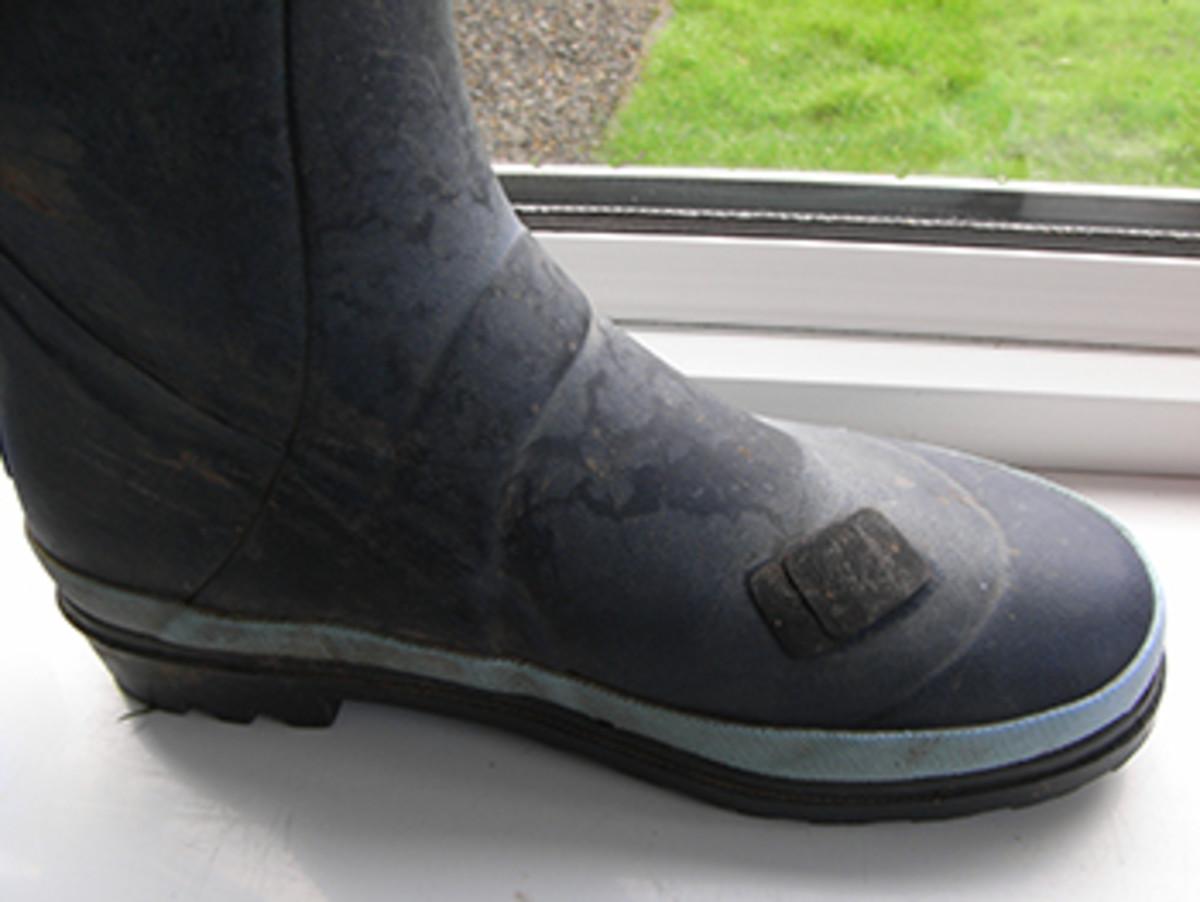 How to Repair Split Wellington Boots (Wellies)