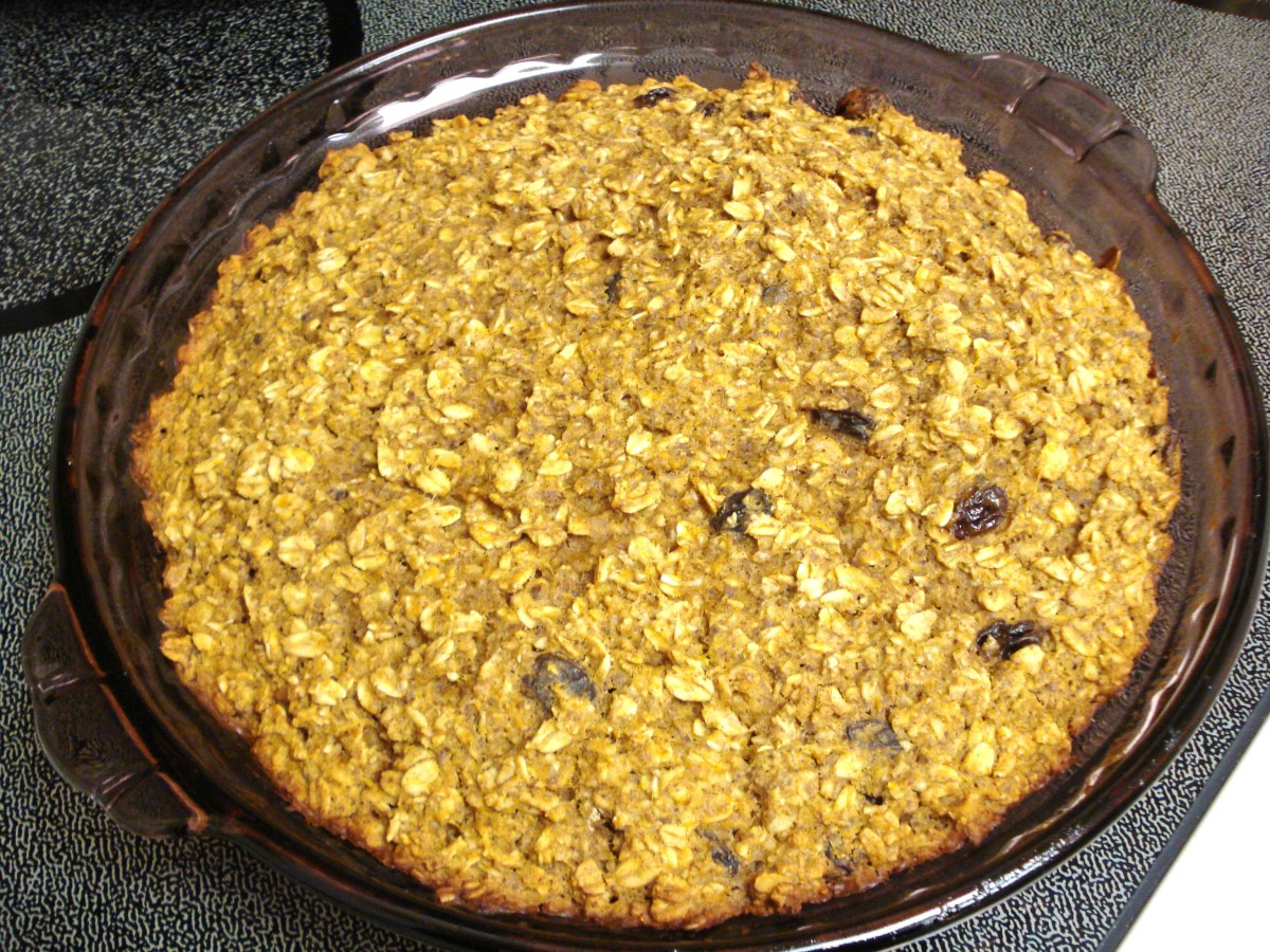 Gluten-Free Baked Oatmeal with Pumpkin and Raisins