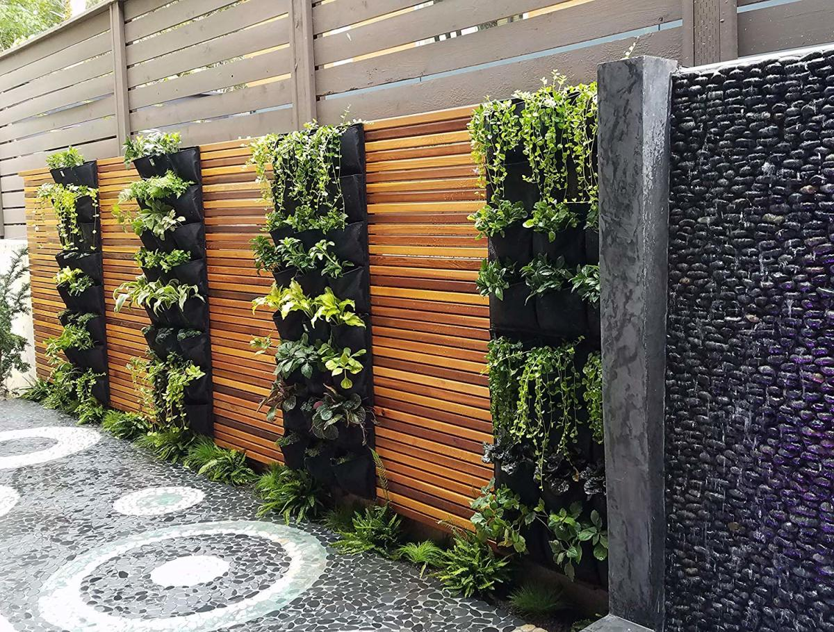growing-a-deck-balcony-or-patio-vegetable-garden-5-great-ideas