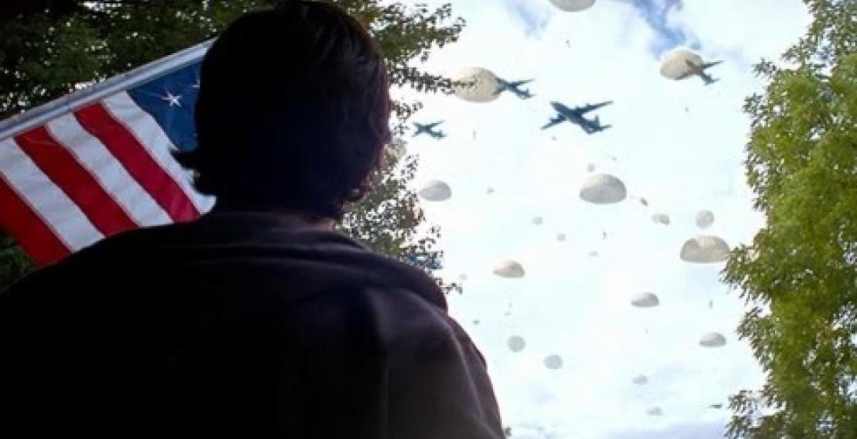 Matt Eckert (Josh Peck) witnesses the North Korean invasion