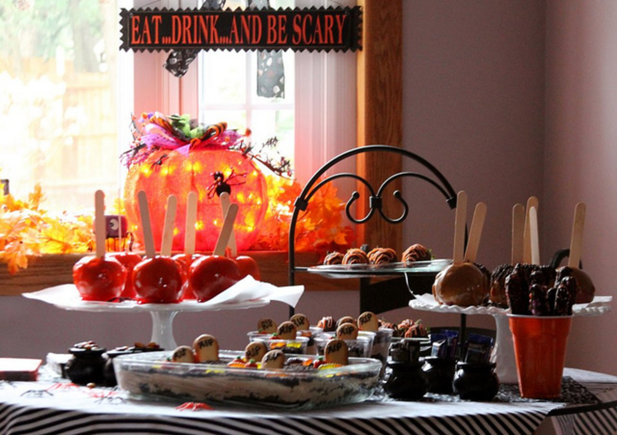 Fun, Quick, and Easy Halloween Party Foods