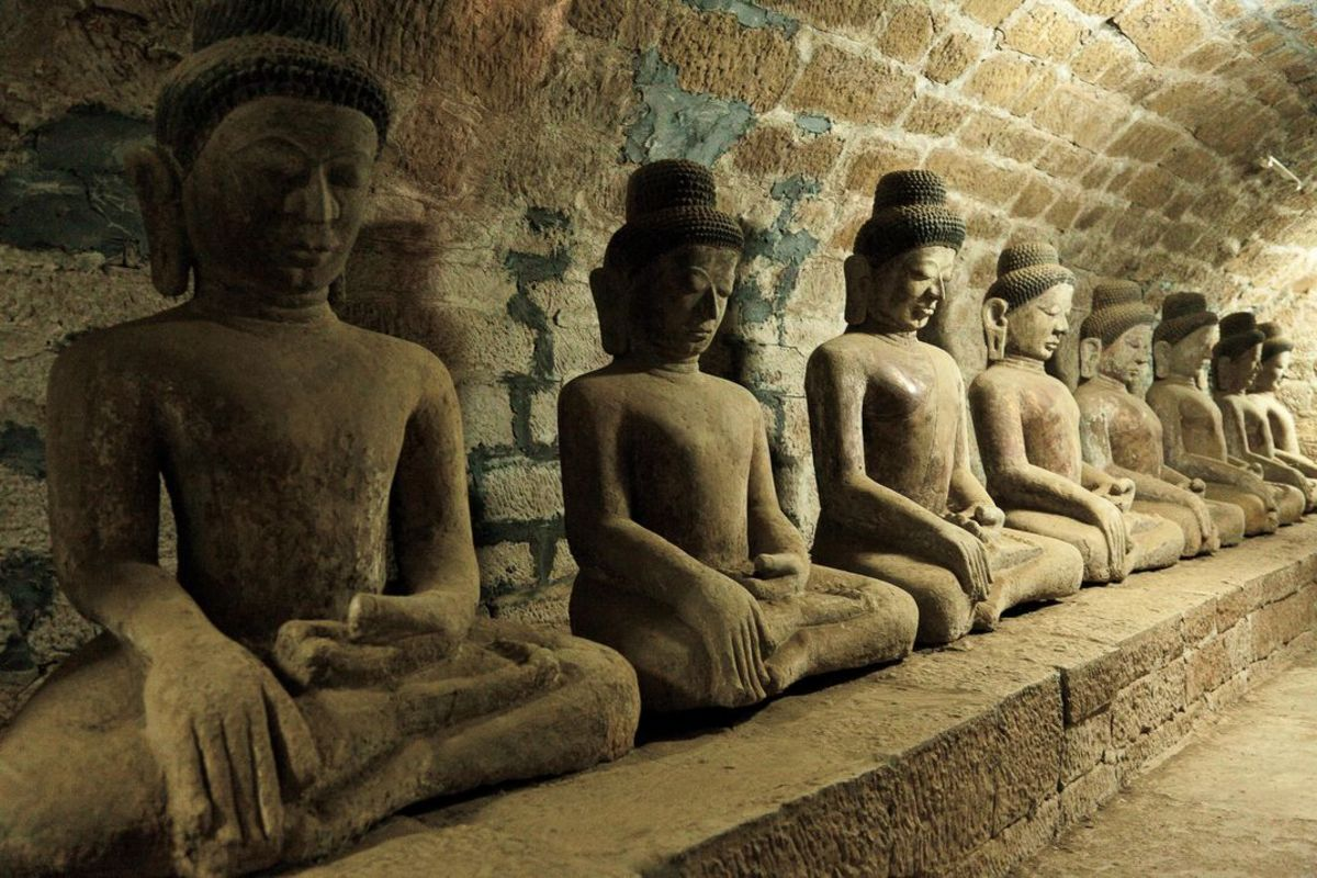 Statuettes of the Buddha at Mrauk U in Myanmar
