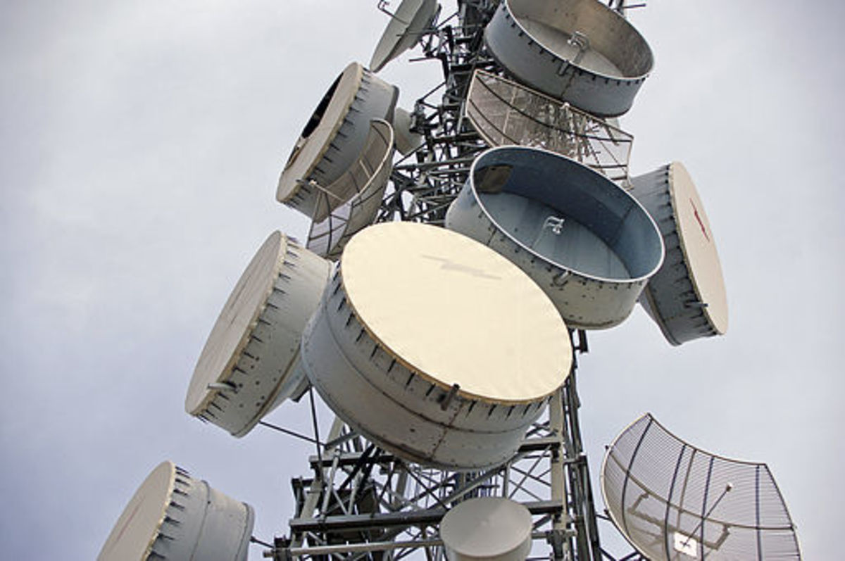 Principle of Microwave Radio Communications