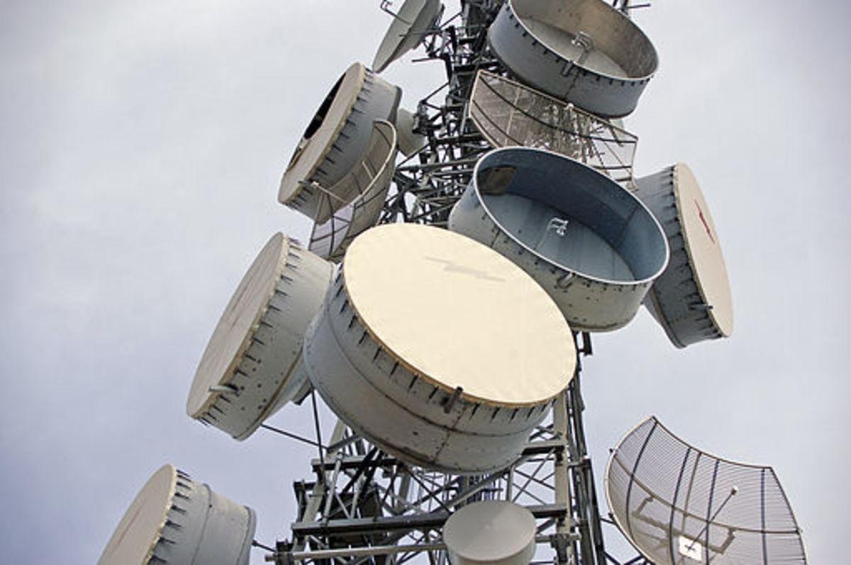 Principle of Microwave Radio Communications