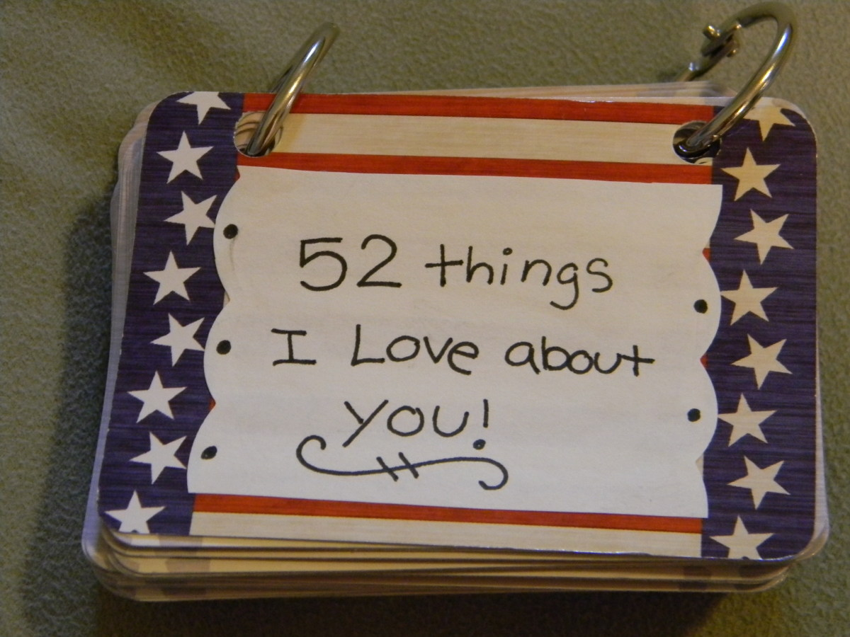 DIY Card Book (52 Things I Love About You)   Holidappy