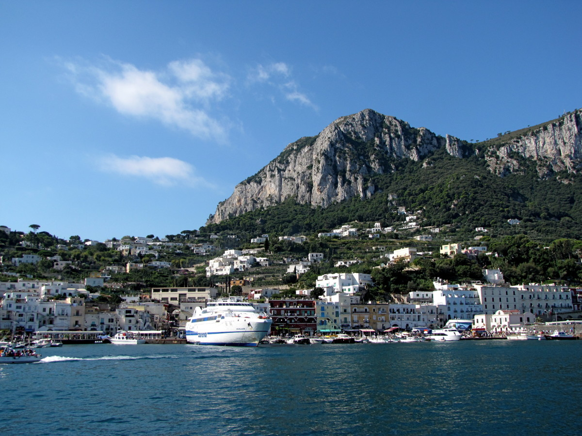How to Get to Capri Island, Italy