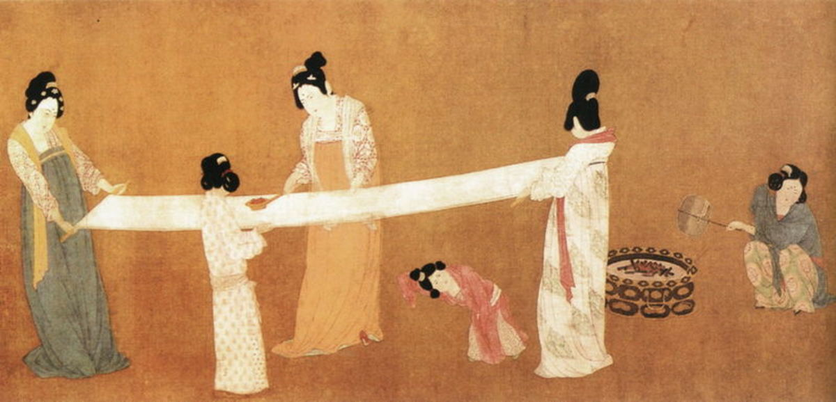 Tang Dynasty women showing the high fashion of the day, then copied by Nara ladies.