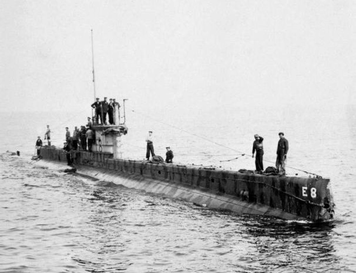 WWI: HMS E-8, commanded by Francis GoodHart, returning from a patrol in the Baltic in the summer of 1916.