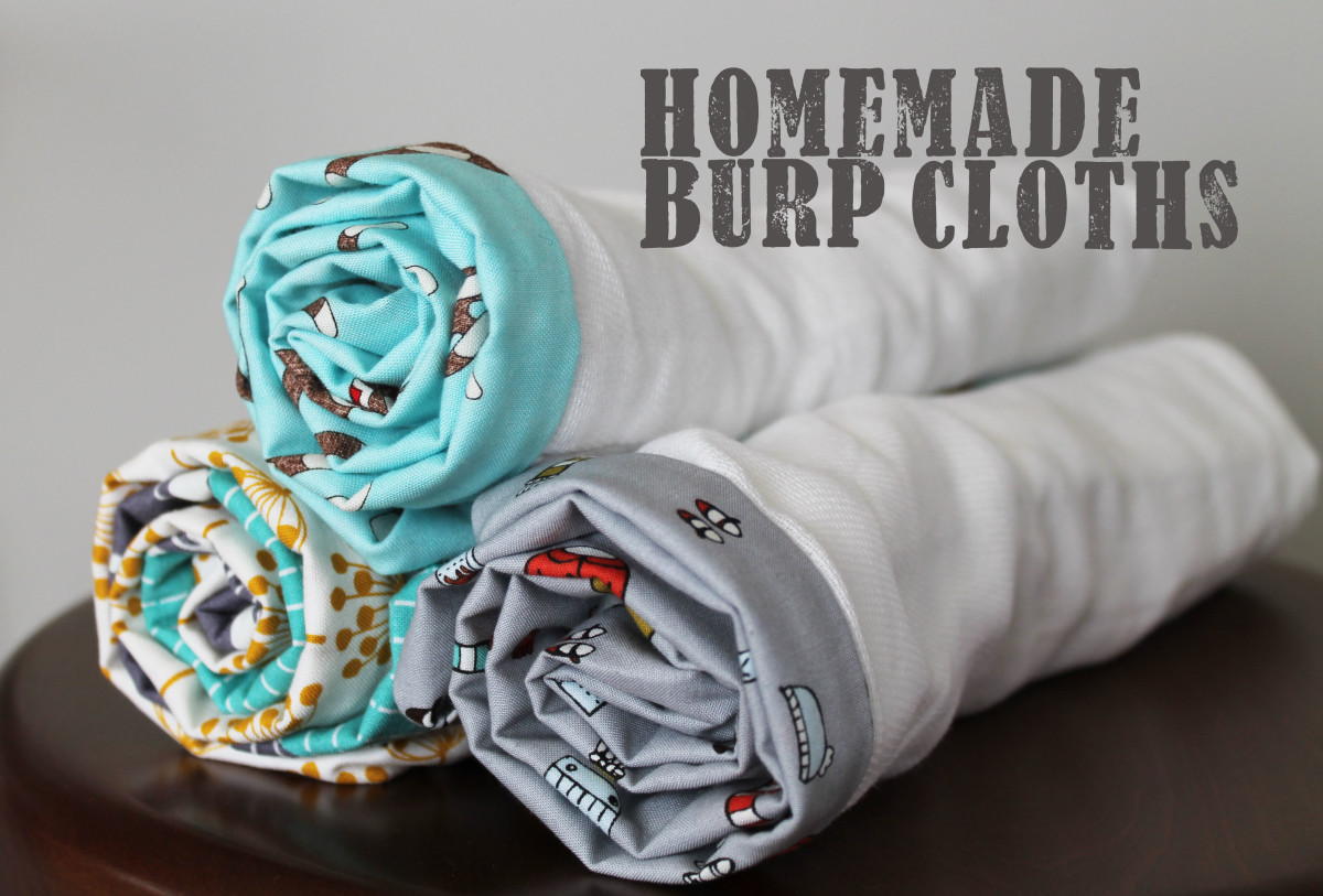 Homemade Burp cloths: a tutorial for a practical homemade baby gift.