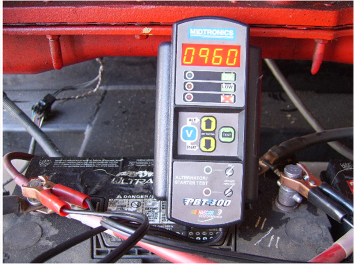 DIY Auto Service: Battery Diagnosis and Maintenance
