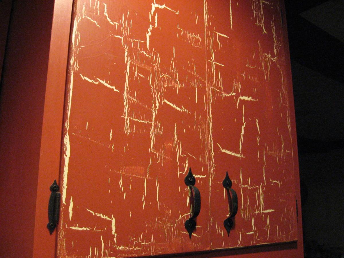 Long brush strokes will result in long cracks.