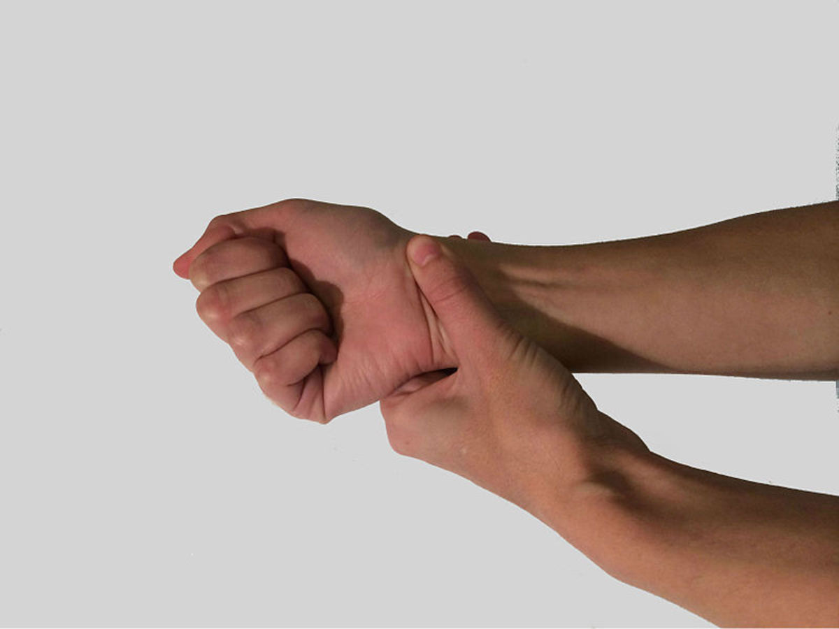 Carpal Tunnel Stretches and Exercises That Helped Me