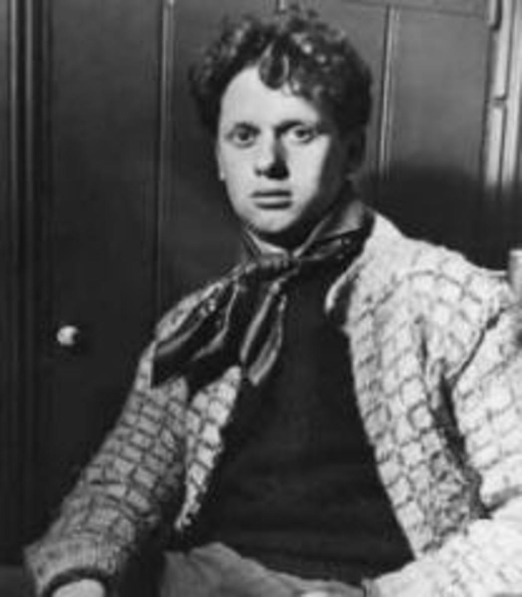 Analysis of Poem The Force That Through The Green Fuse by Dylan Thomas