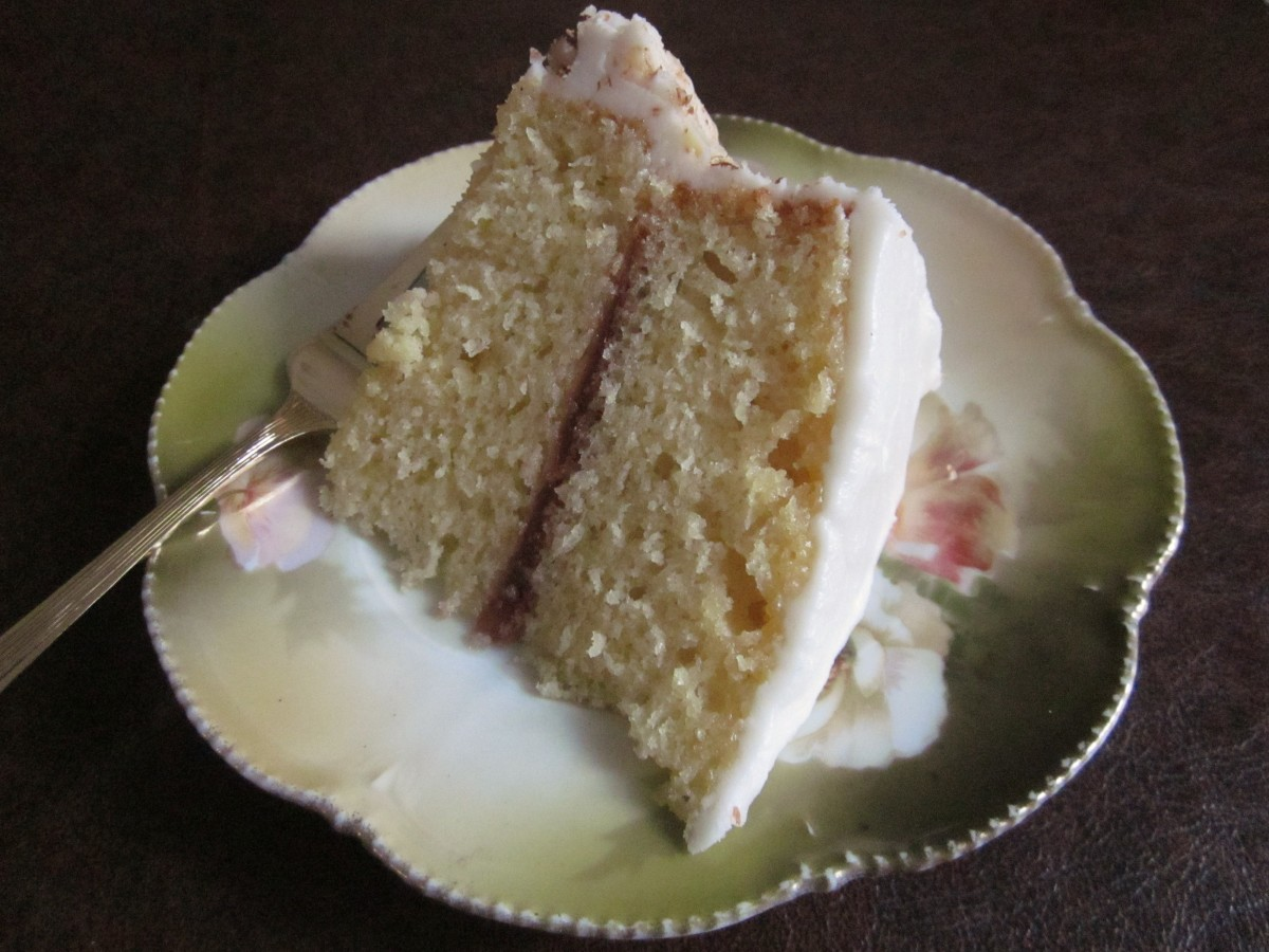 Recipe for a Marvelously Moist Yellow Cake