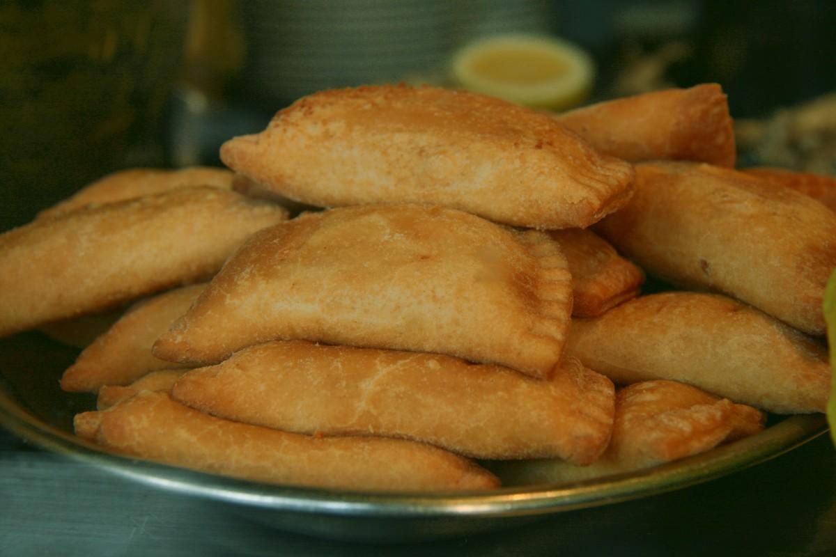 Island Bites: Puerto Rican Chicken Empanadas (Empanadillas de pollo)