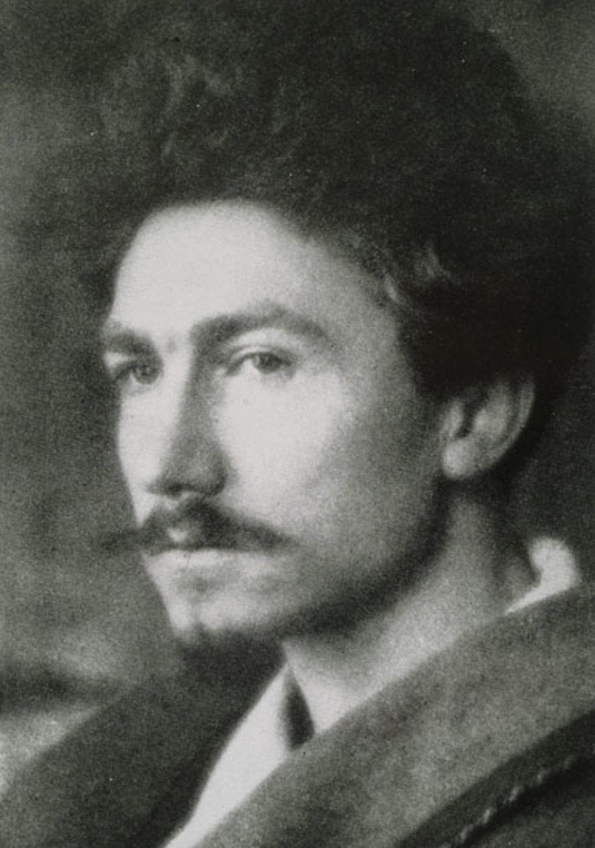 A young Ezra Pound in 1913 taken by Alvin Langdon.