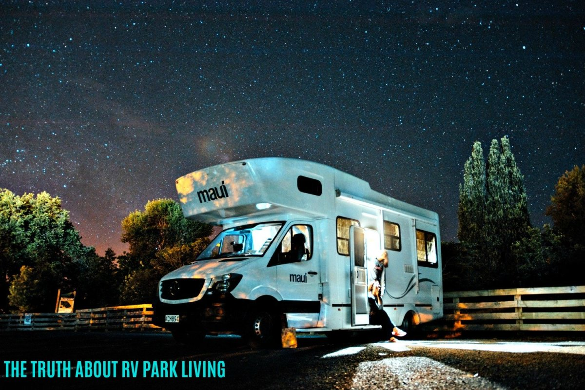 Residing year round in a recreational vehicle has many benefits, but it also has some drawbacks.