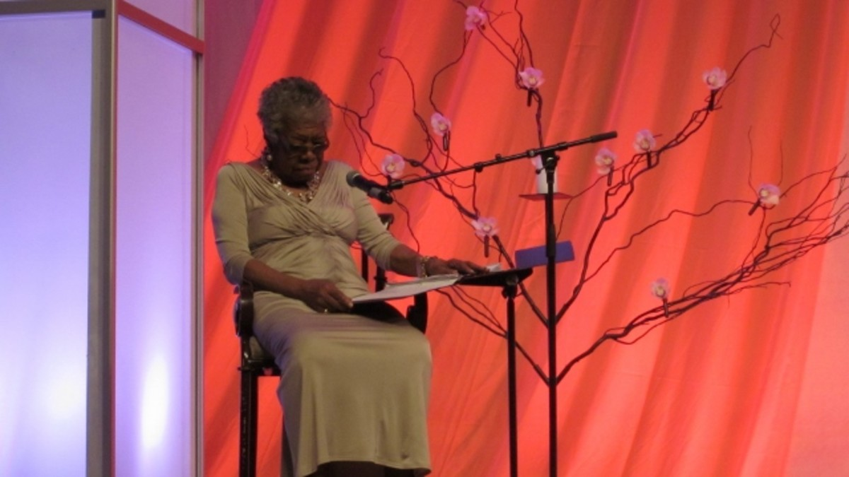 """Dr. Angelou recites, """"Abundant Hope"""" in honor of Dr. Martin Luther King, Jr.'s legacy, as women of the civil rights movement were celebrated for their contributions."""