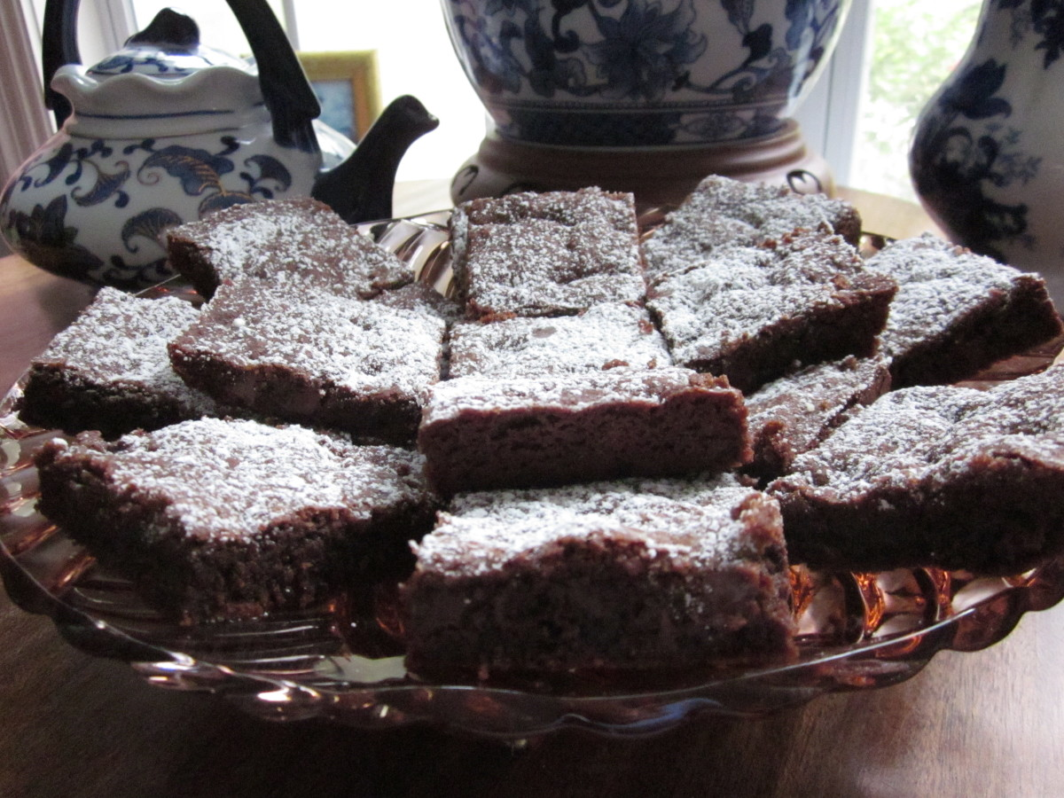 Cocoa Brownies with Chocolate Chips