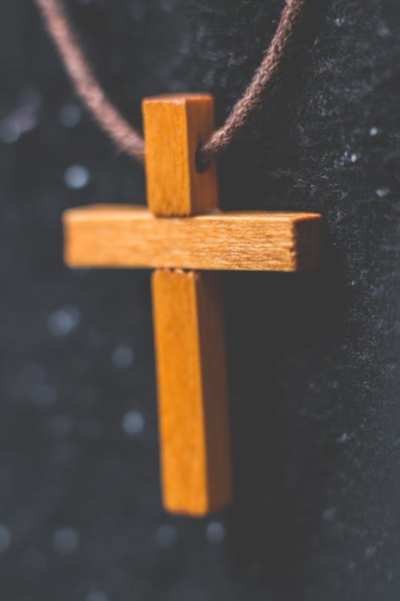 10 Modern Worship Songs on the Cross of Jesus Christ