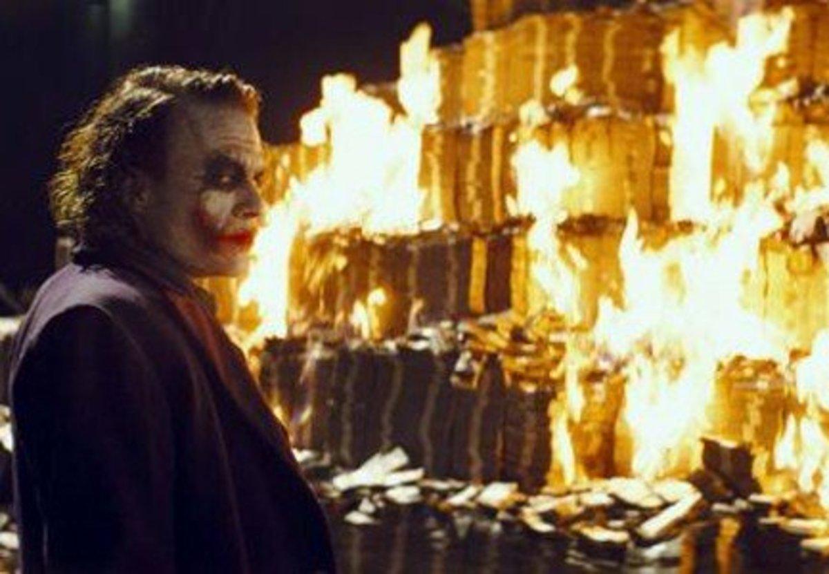 "Heath Ledger as ""The Joker"" in "" The Dark Knight""."