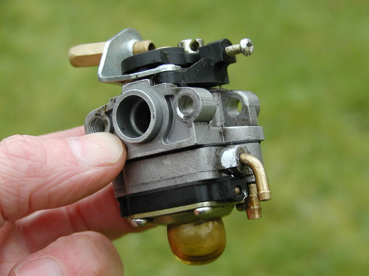 Carburetor ready for dismantling.