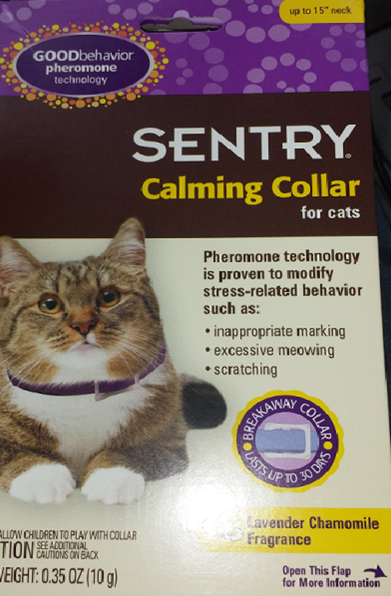 Sentry calming collar may work for your stressed cat.