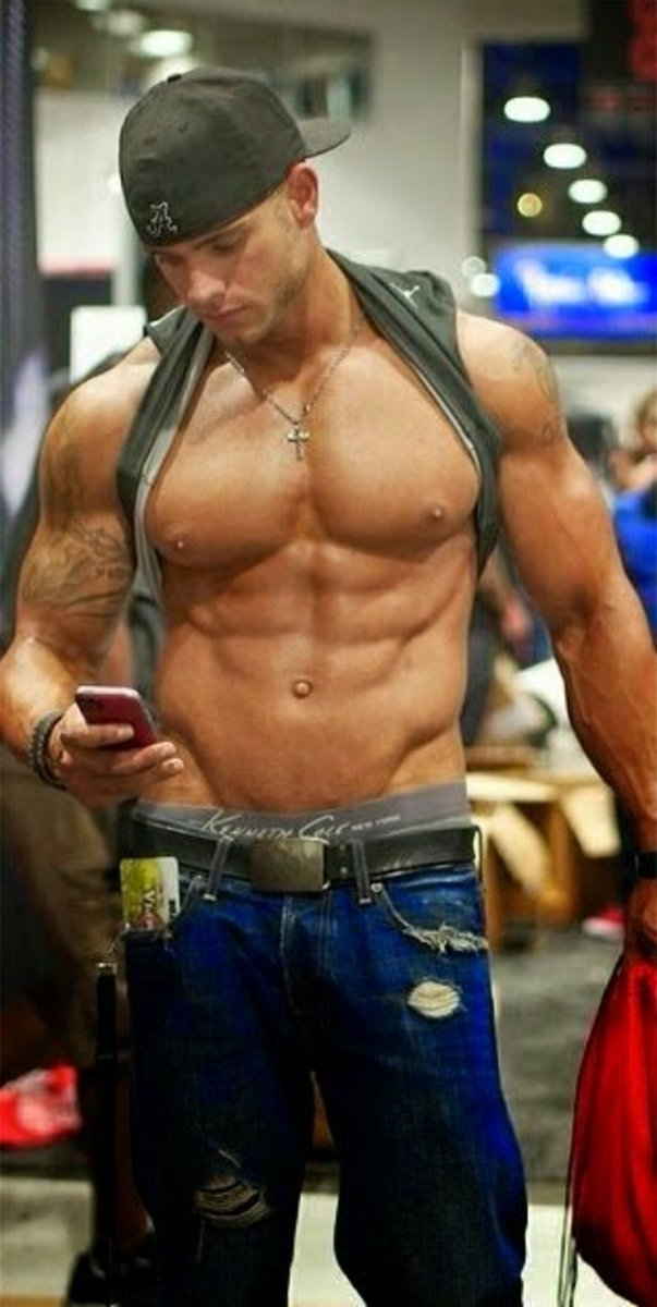 Gay Muscle Dating 26