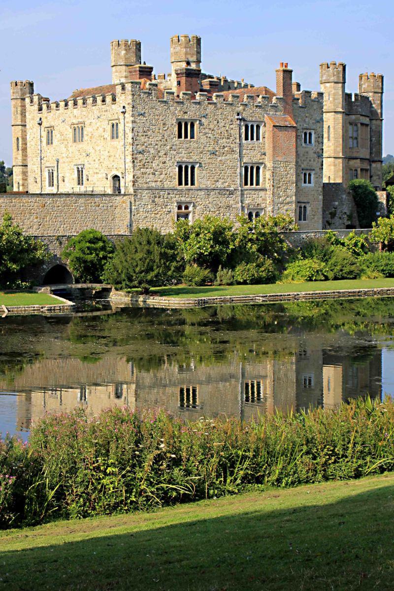castle descriptive writing