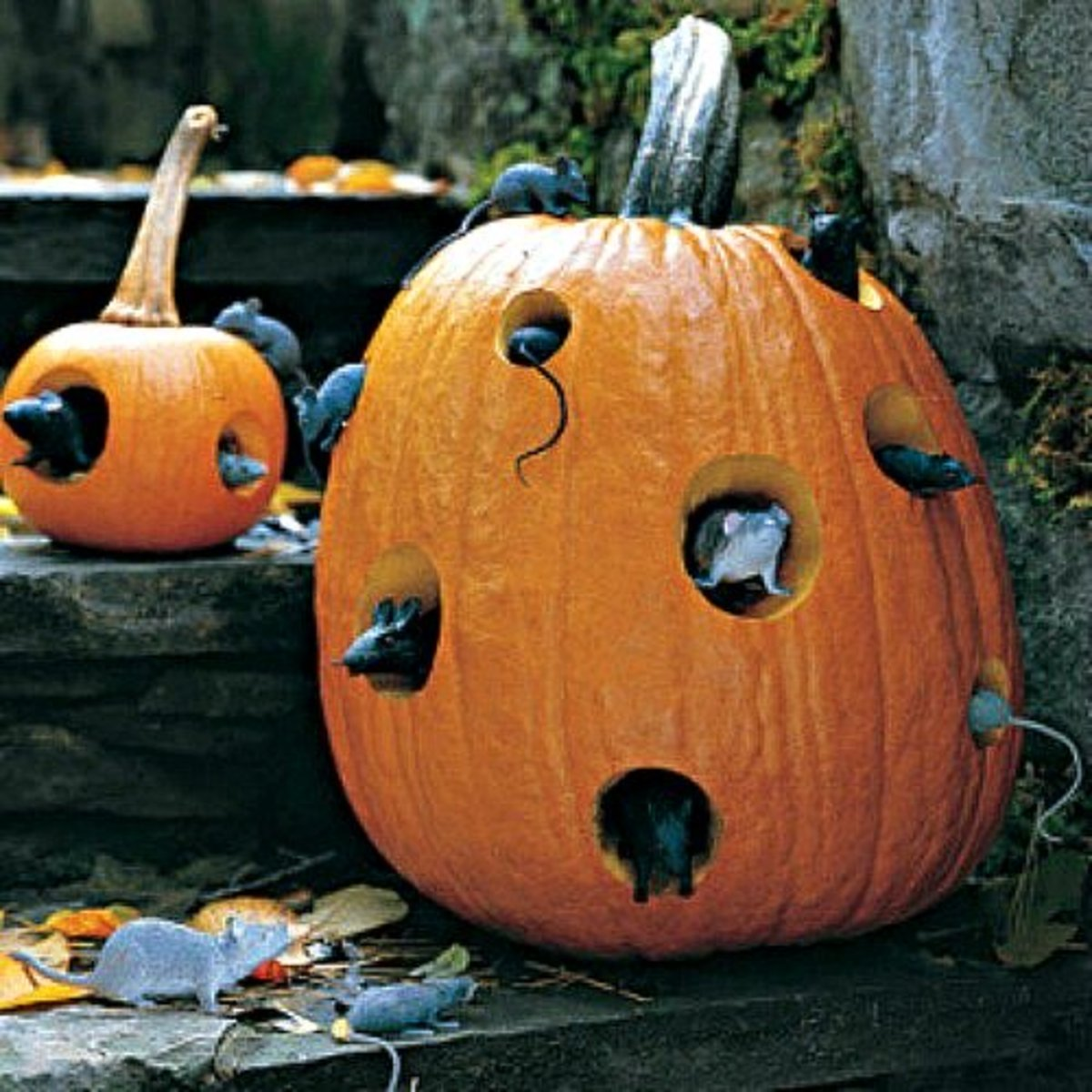 30 creepy outdoor diy halloween crafts feltmagnet - Diy Halloween Crafts