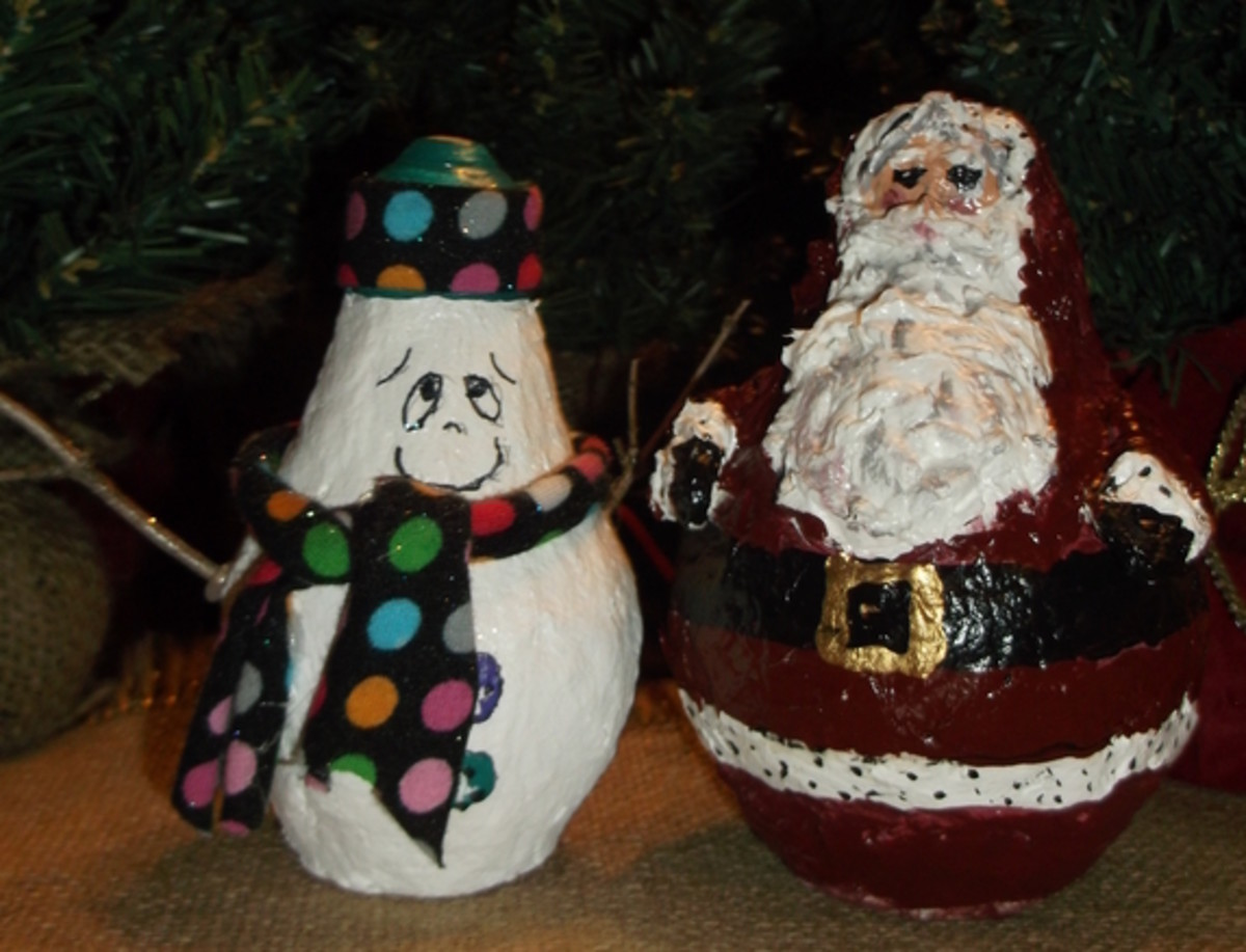 DIY Santa and His Snowman Friend (Made With Paper Clay and Lightbulbs)