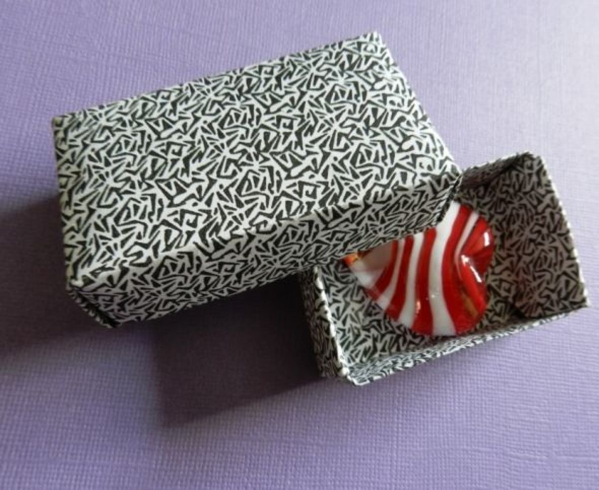 Finished Rectangle Origami Box for Valentine's Day Glass Heart
