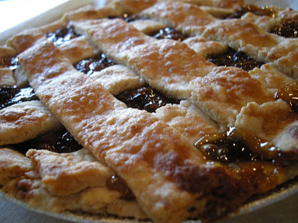 Old-Fashioned Raisin Pie