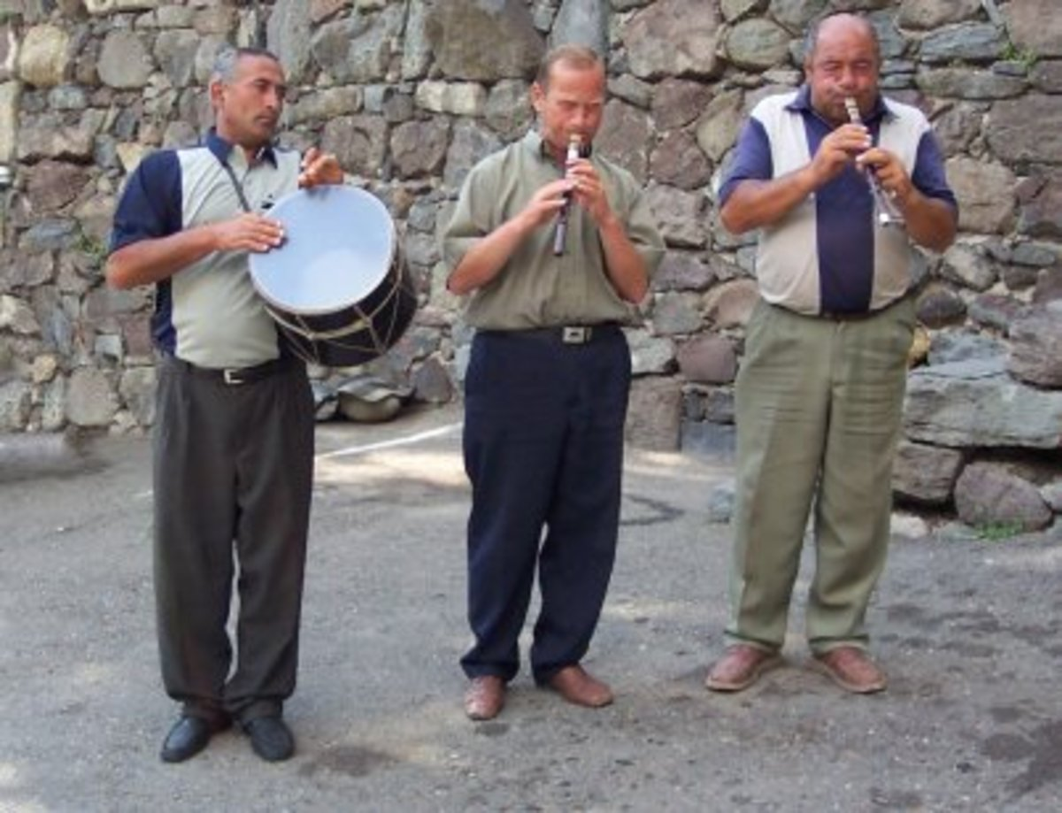 Duduk, Zurna and Dumbeg Musical Group