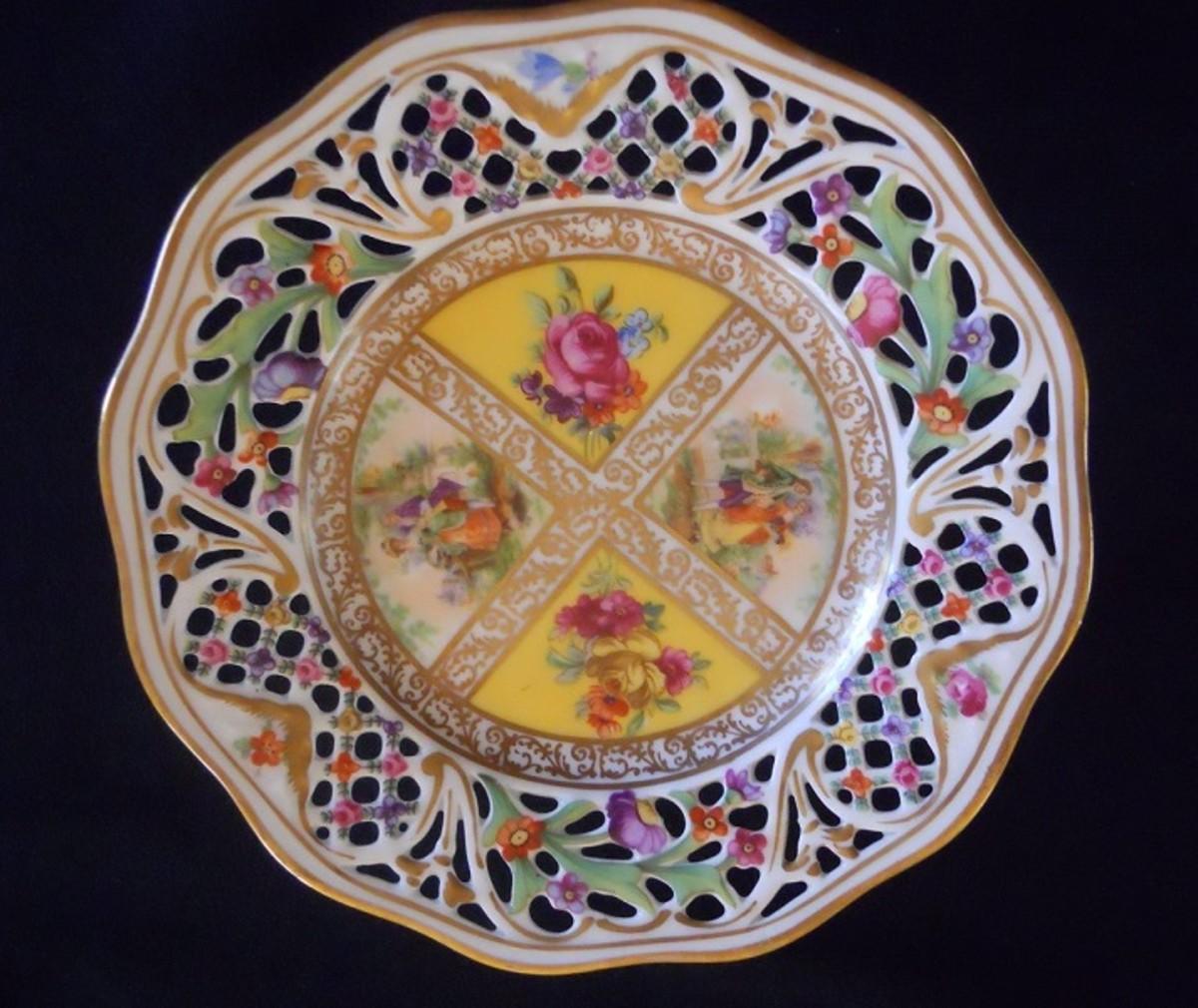 Royal Dresdener Pedestal Dish