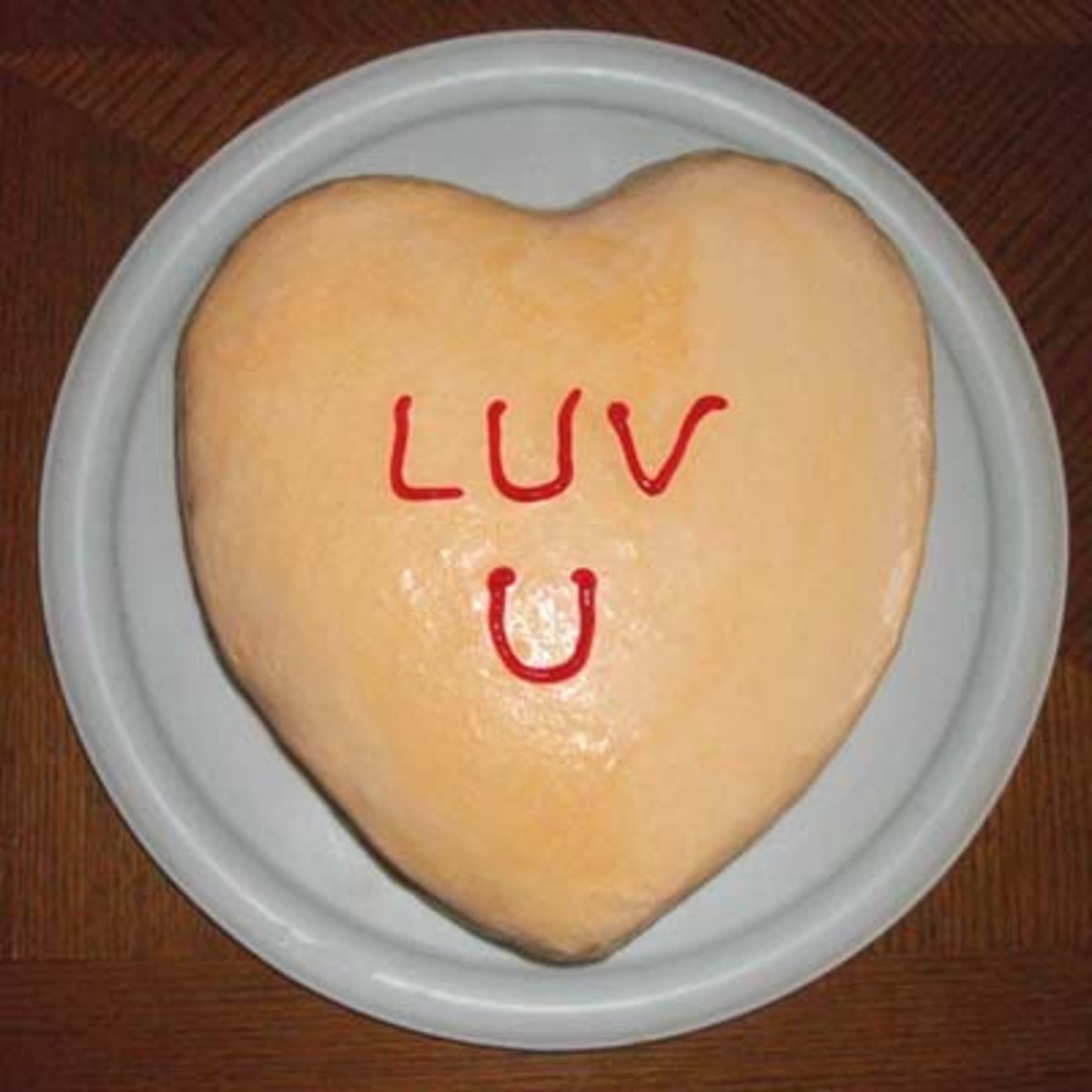 Heart-Shaped Ice Cream Cake Recipe for Valentine's Day