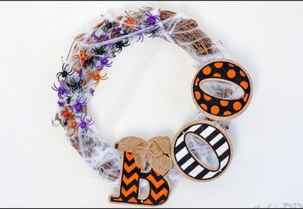 29 Best Halloween Wreaths to Make