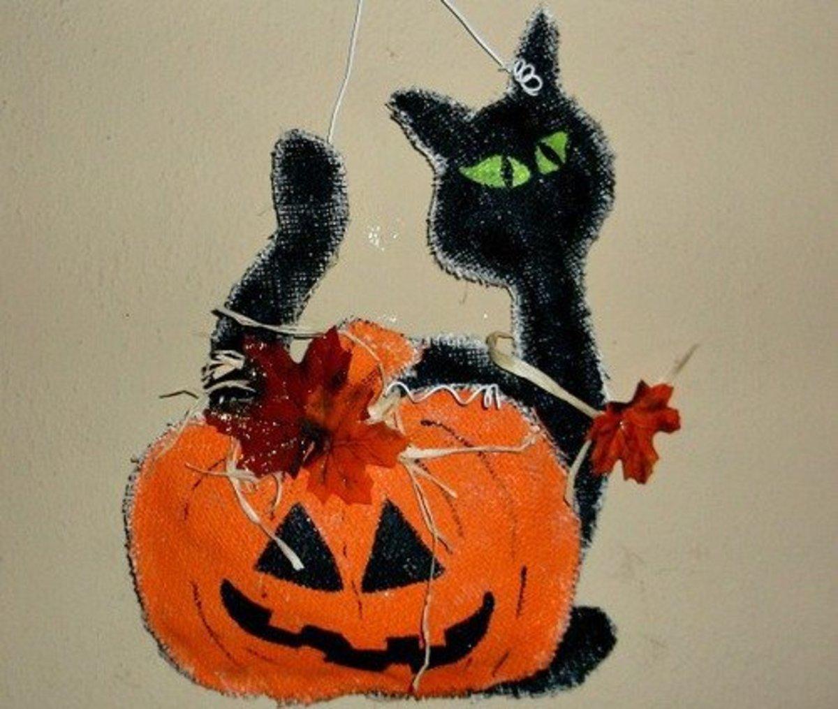How to Make a Black Cat Door Hanger