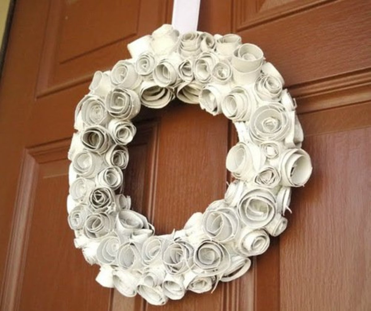 56 Amazing Paper Roll Crafts Ideas