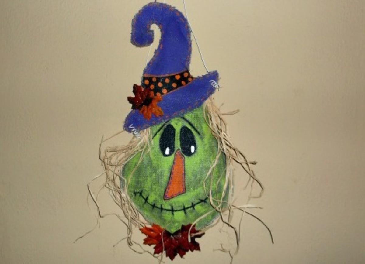 How to Make a Scarecrow Door Hanger