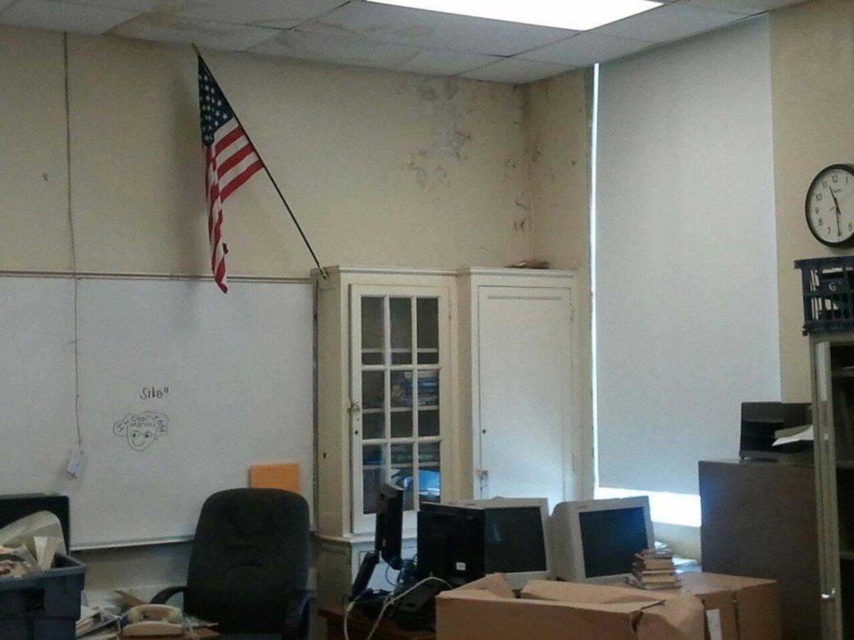 """ye """"olde"""" classroom (204)"""