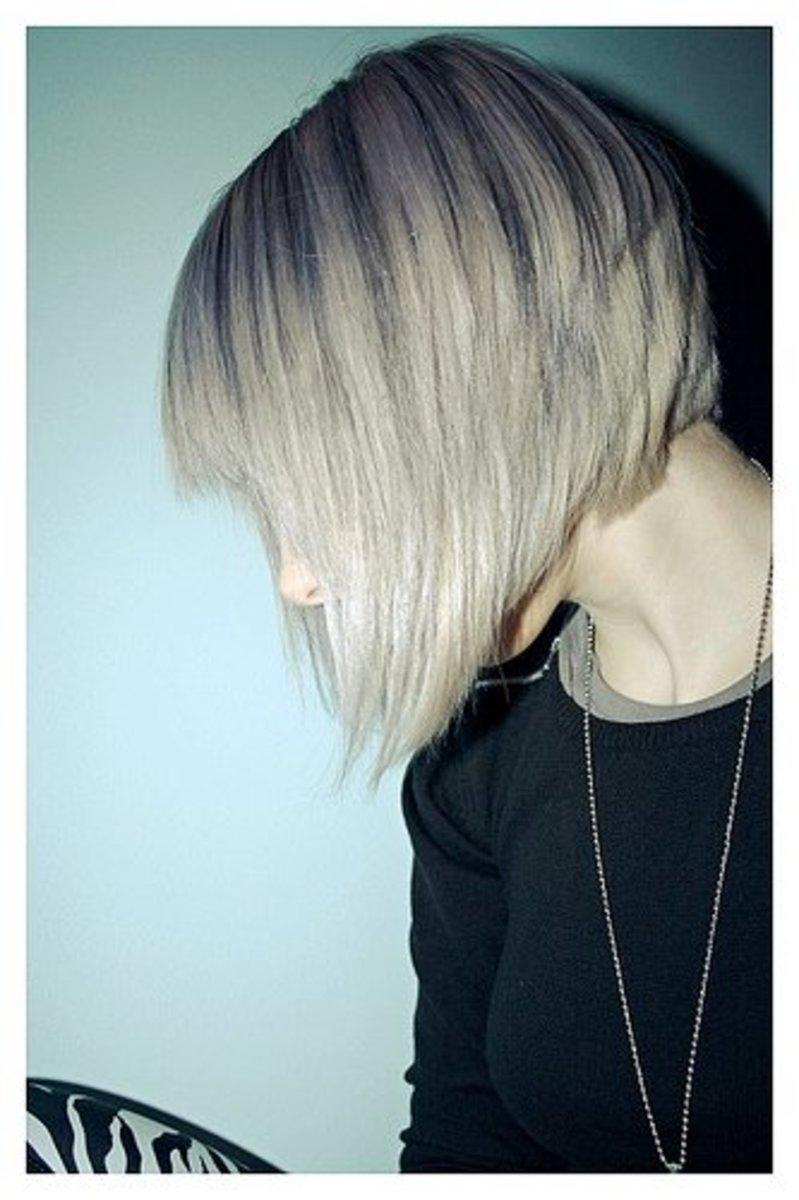 Фото блондинок со спины каре