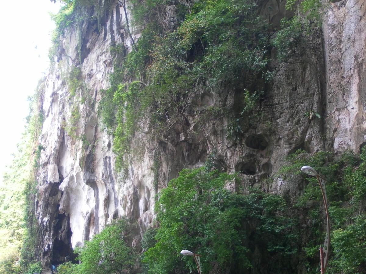 Batu Caves in Kuala Lumpur - Top Things to See in Malaysia