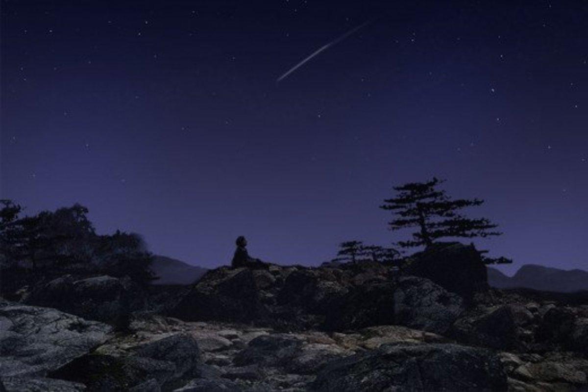 Meteorite by night.